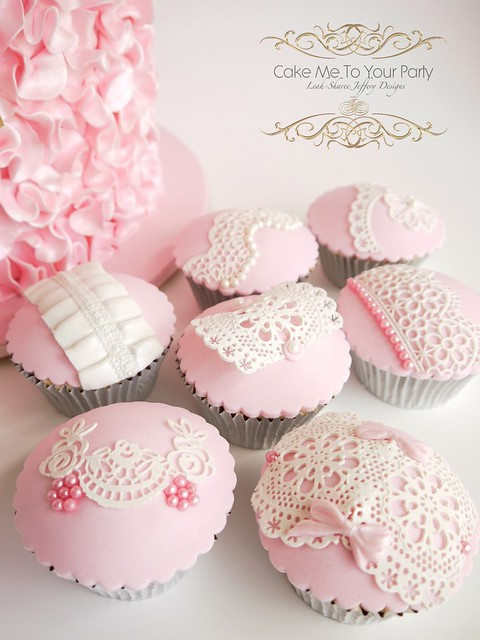 Lace and Pearl Cupcakes