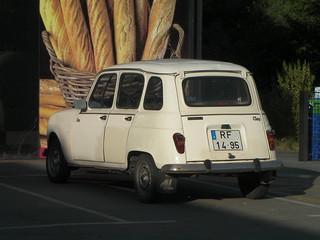 Renault 4 Clan, Irun, Spain.