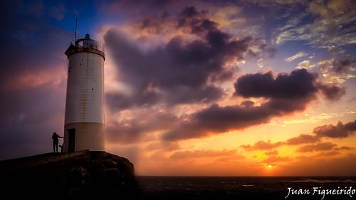 sunset sea lighthouse seascape color landscape faro mar colours paisaje galicia puestadesol postadesol costadamorte acoruña percebes corme roncudo farodoroncudo rutadosfaros farosdegalicia farosgalegos panasonicfz150 juanfigueirido farodecorme