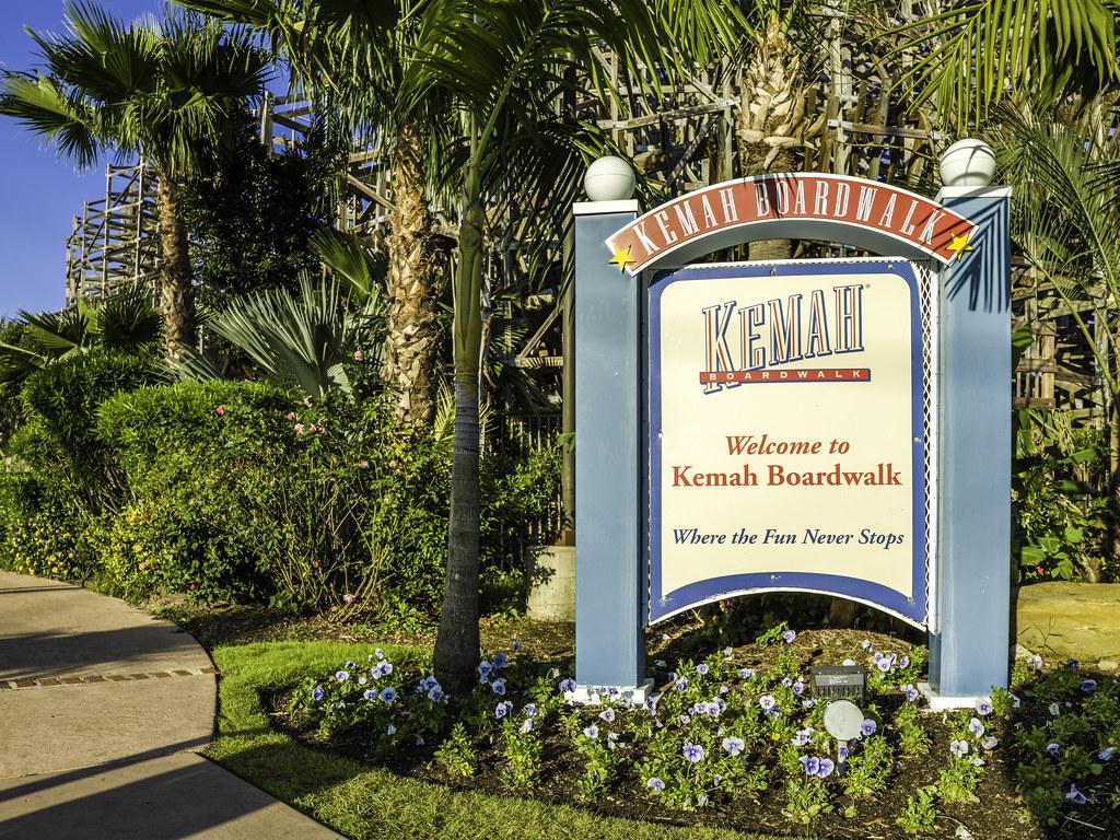 Welcome To Kemah Boardwalk