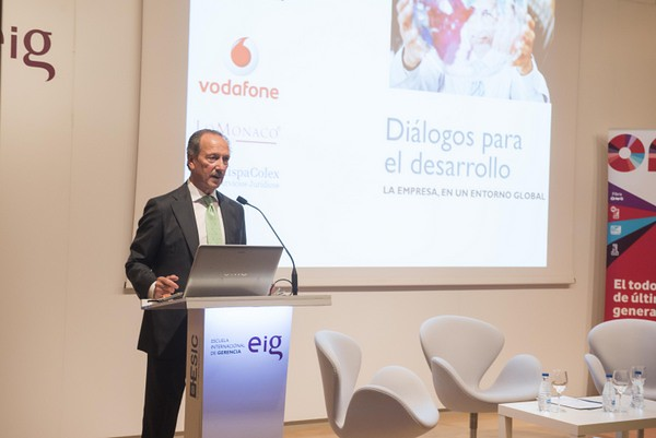 """EIG """"Diálogos para el Desarrollo"""""""