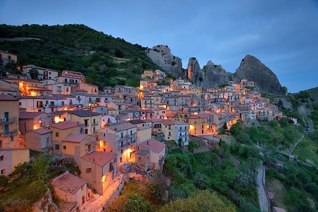 Italy: Under Dolomiti Lucane