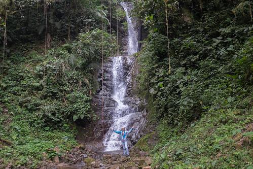 river waterfall ecuador rainforest tropical oriente amazonas