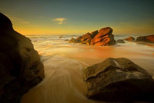seascape blur rocks waves australia redhead newsouthwales aus ndfilter watermovement redheadbeach nikon1635mmf4 nikond750