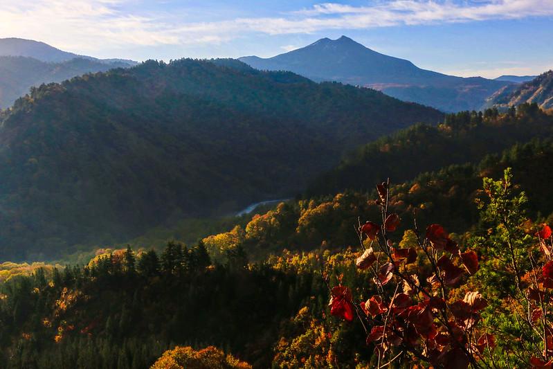 平が岳から見える燧ヶ岳