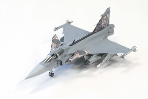 1:72 Revell JAS-39C Gripen   by FlintstoneStargazer