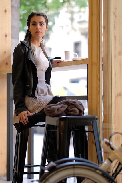 Tomando un té - Joanna 04