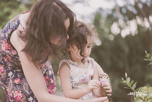 Mom's Love | by Felipe Fernandes Photography