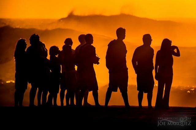 sunset silhouette candid beach street photography nikon 1 j5 70-300cx hawaii _DSC6629