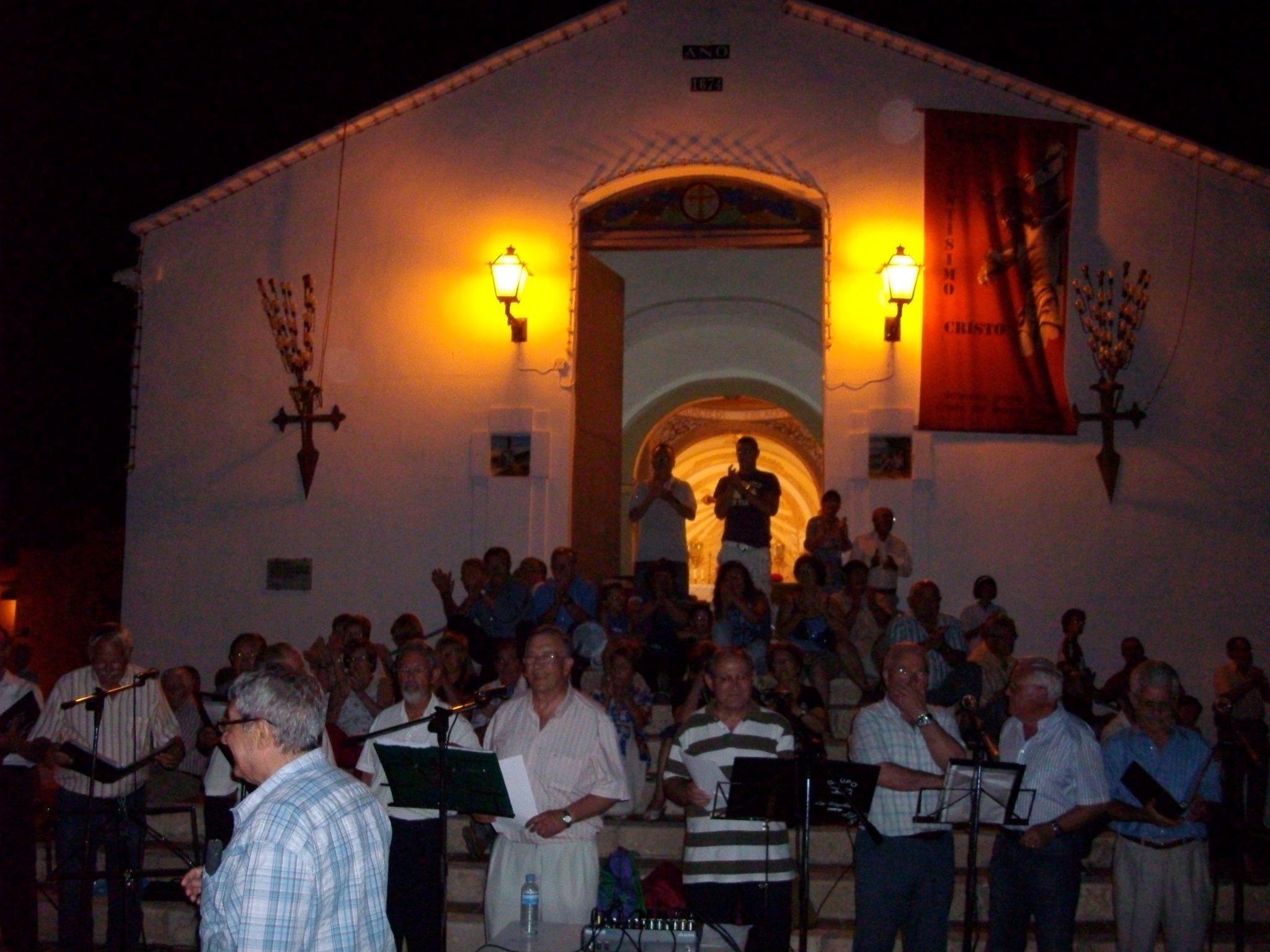 (2011-06-18) - II Serenata Los Marchosos - José Vicente Romero Ripoll (07)