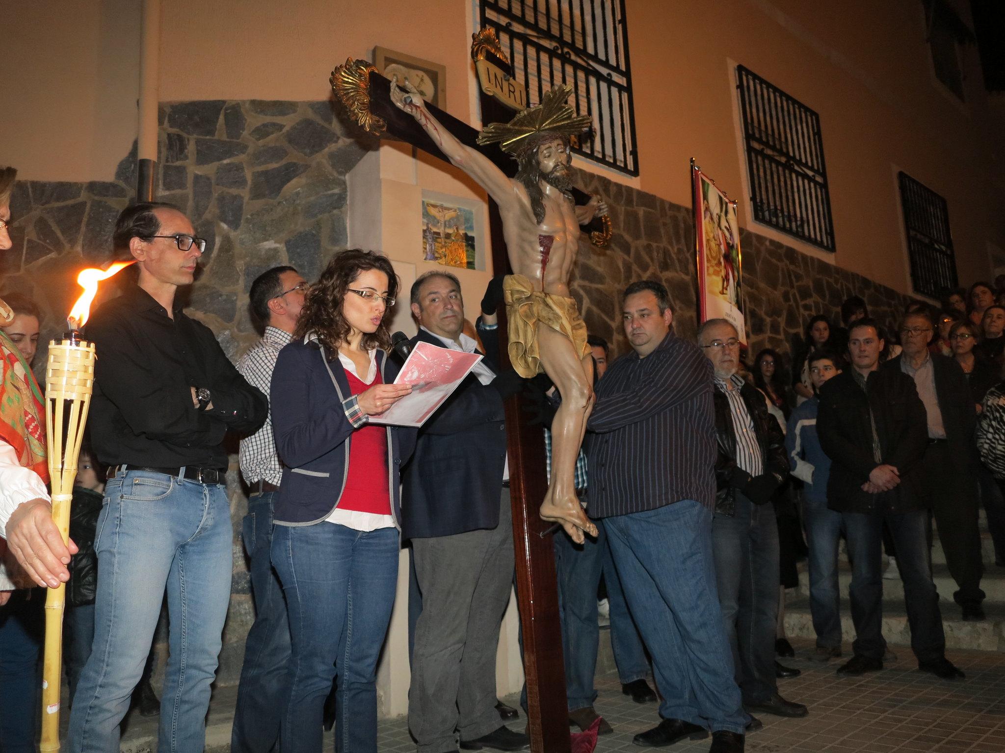(2014-04-01) - V Vía Crucis nocturno - Antonio José Verdú Navarro (08)