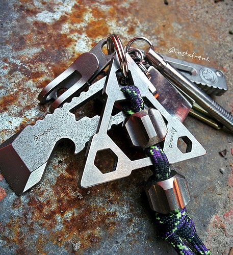 Atwood keychain Bermuda Triangle Tombstone | by edcbyfrank