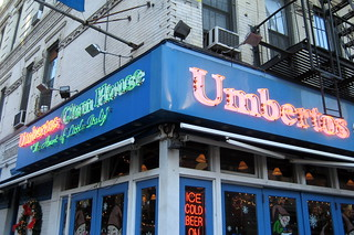 NYC - Little Italy: Umbertos Clam House | by wallyg