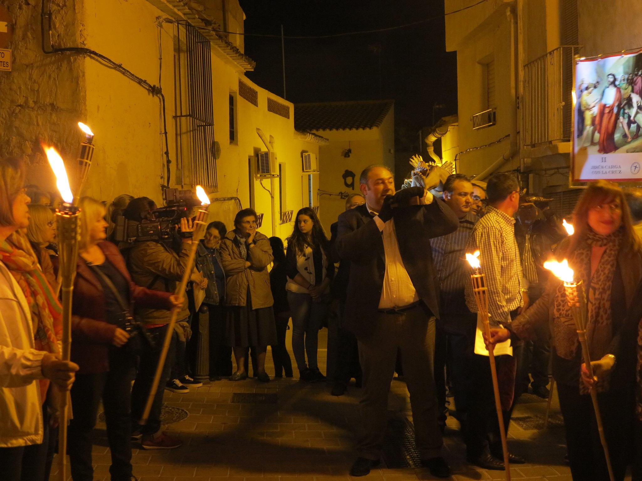 (2014-04-01) - V Vía Crucis nocturno - Antonio José Verdú Navarro (17)