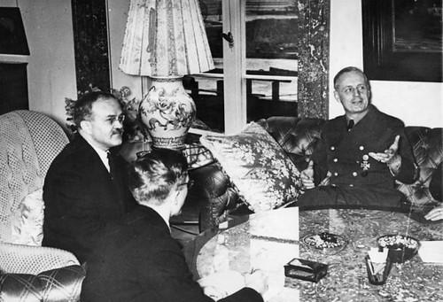 Von Ribbentrop y Molotov en Berlín