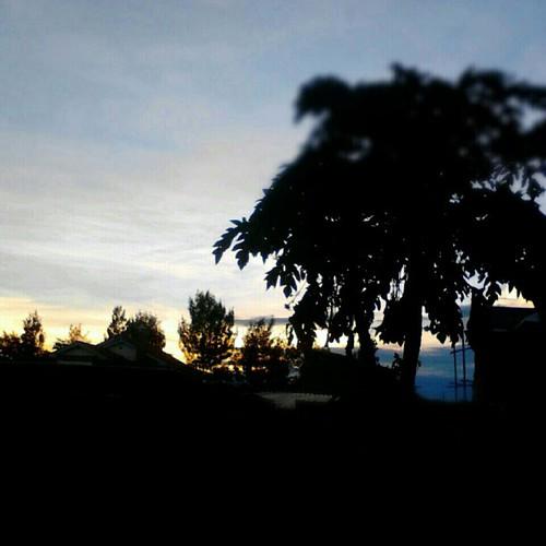 sunset random nofilter thika uploaded:by=flickstagram instagram:venuename=kampalacourt instagram:venue=51360862 instagram:photo=355814434524687209227669921