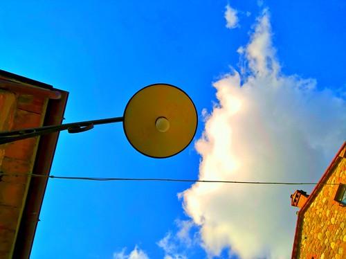 guardando il cielo