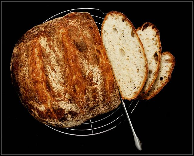 No-Knead White Loaf