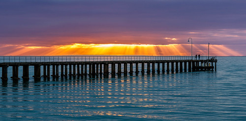 ocean winter sunset sea people cloud sun seascape cold reflection water sunshine clouds port canon lens landscape bay pier seaside ray cloudy outdoor australia melbourne victoria calm beam shore rays mornington phillip stm dslr peninsula sunbeam beams dromana crepuscular 18135 70d canon70d