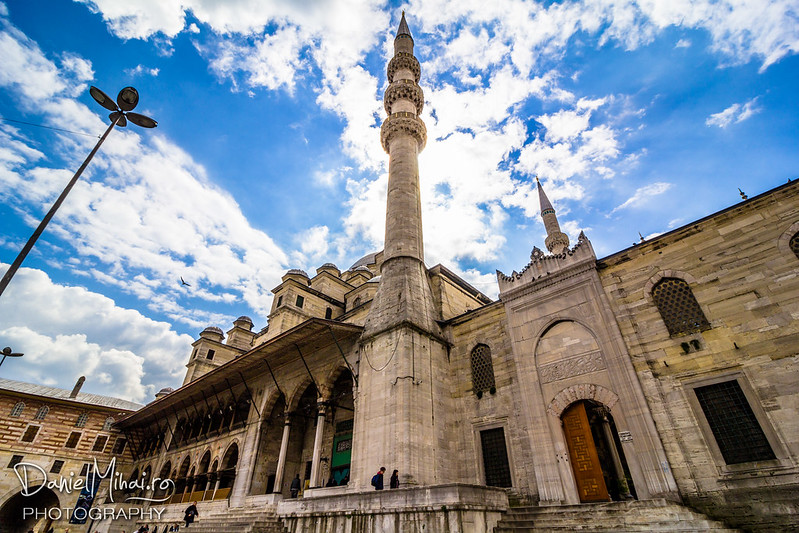 Yeni Cami - Istanbul by Daniel Mihai