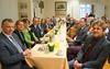 Die hohen Gäste der Stadt Karlsruhe im Haus der Heimat