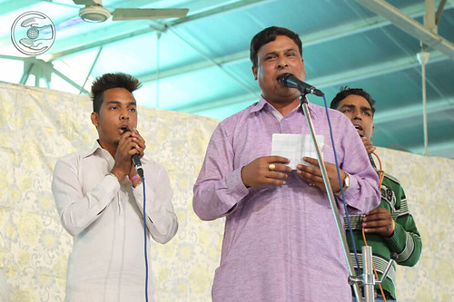 Devotional song by Ram Darshan and Saathi from Nazafgarh