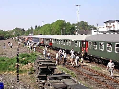 steamtrain dampflok westerwald altenkirchen sonderzug vapeur dampfzug eisenbahnwagen nostalgiezug wgf2007 nikonview19 westerwaldbahn sonderfahrten2007