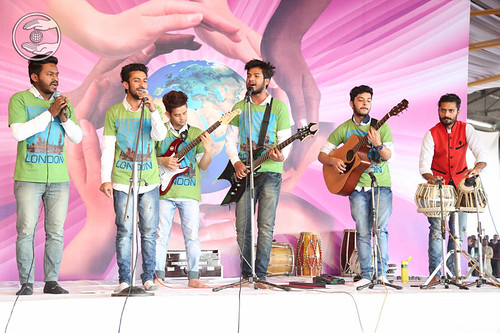 English devotional song by Vivek and Sathi from Amritsar