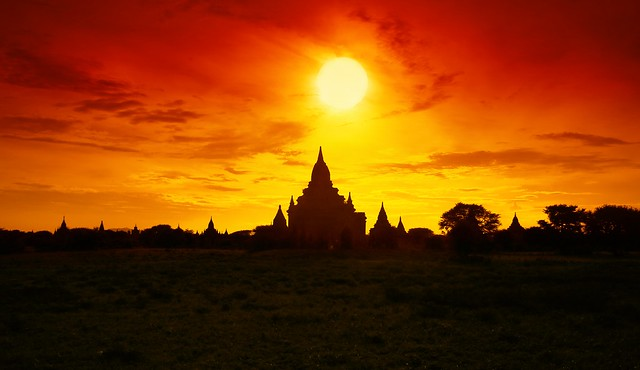 The Breathtaking Bagan Sunset Experience