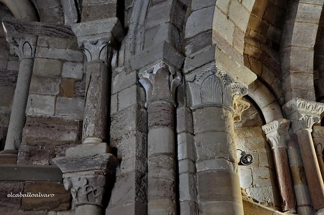 447 - Detalle Interior - Iglesia Santa María de Eunate - Muruzábal (Navarra) - Spain.