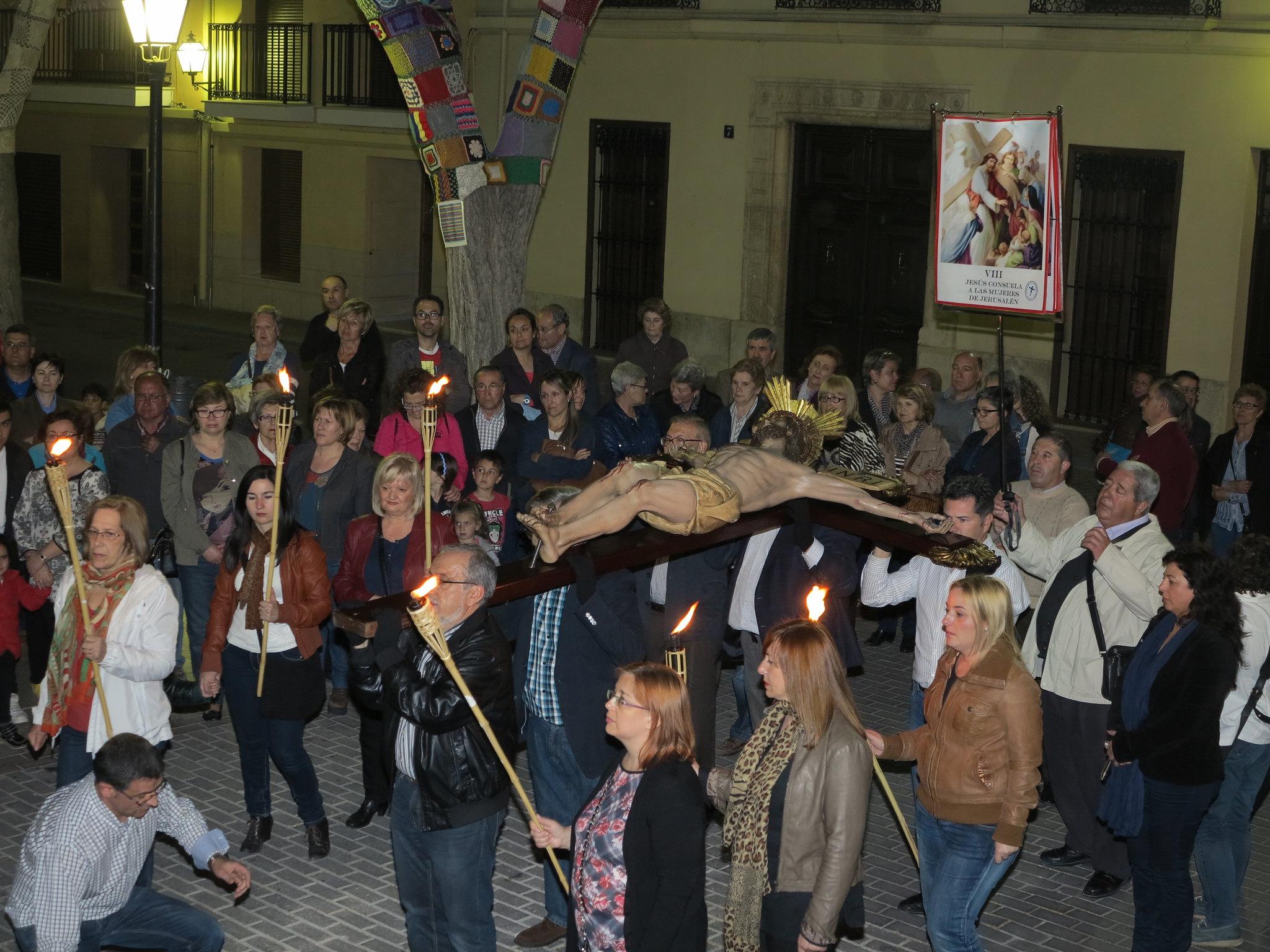 (2014-04-01) - V Vía Crucis nocturno - Antonio José Verdú Navarro (34)