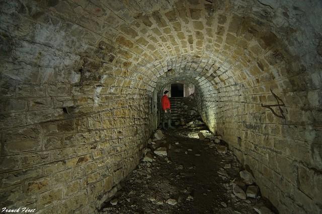 Passage souterrain - Fort  Rolland d'Arguel