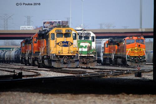 bluebonnet 3178 gp50 b408w bnsfchillicothesub emdgeeps gp503112 railyardlocomotives hodgkinsgmyardview