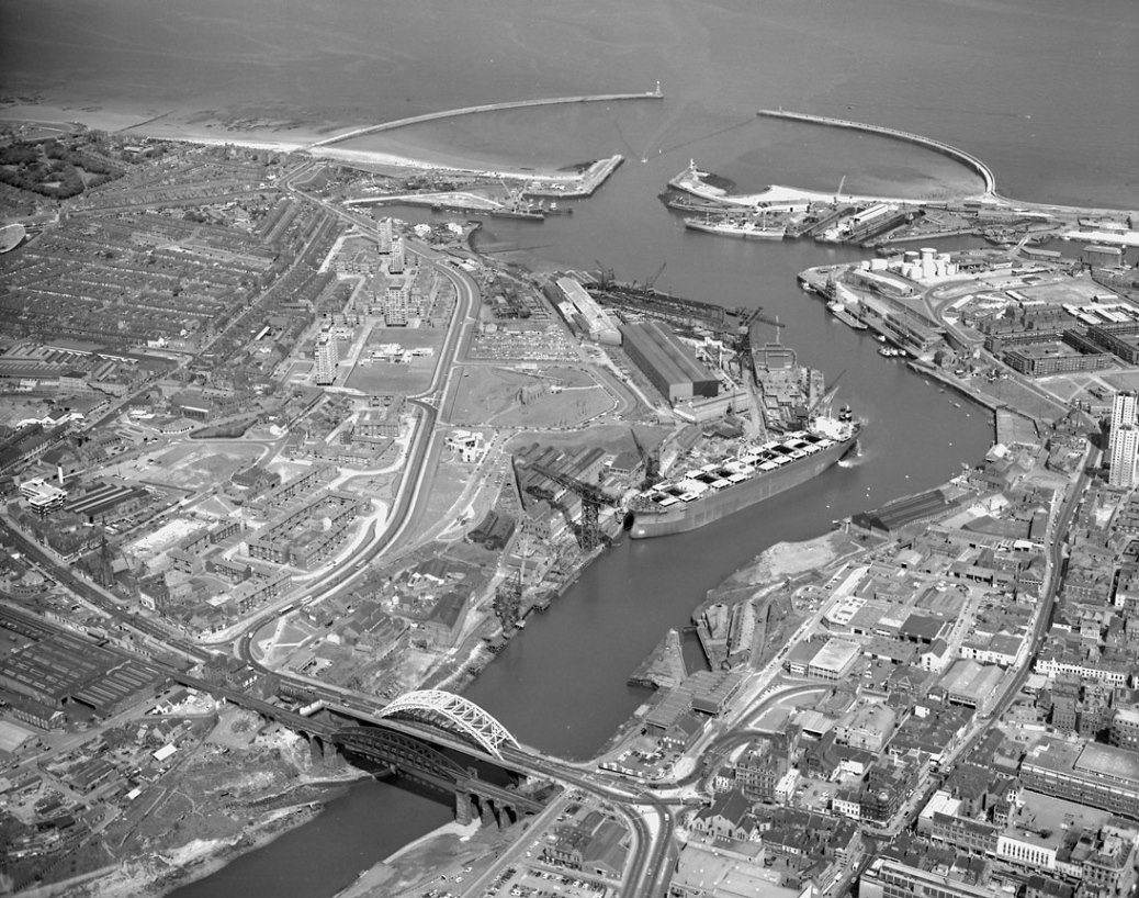 Aerial view of the River Wear, 1973