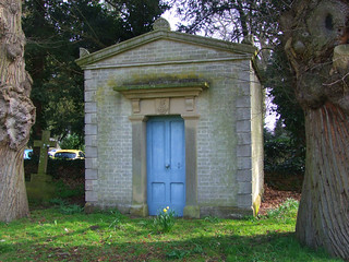 Boileau mausoleum