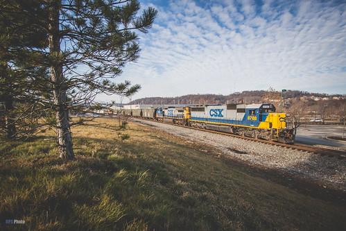 railroad sky us unitedstates pennsylvania trains homestead csx sidelight csxt yn2 q368 csxpittsburghsub csxq368 csxt8788