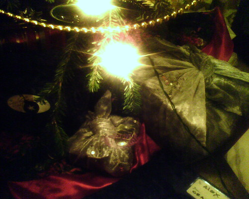 Fabric-Wrapped Gifts Under the Tree | by mamamusings