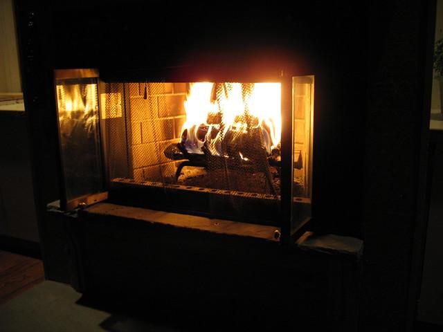 004_Yardley_fireplace