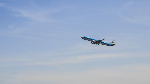 PH-EZG KLM Cityhopper Embraer ERJ-190STD