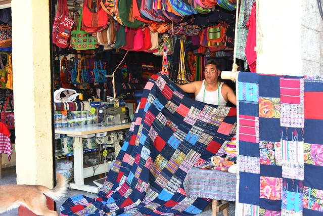 shopping panajachel guatemala