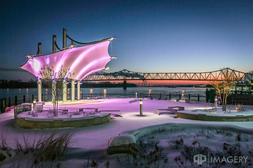 downtown pavilion glovercary batwing ohioriver bridge overlook canopy riverfront winter ky smotherspark sunrise kentucky bluebridge snow