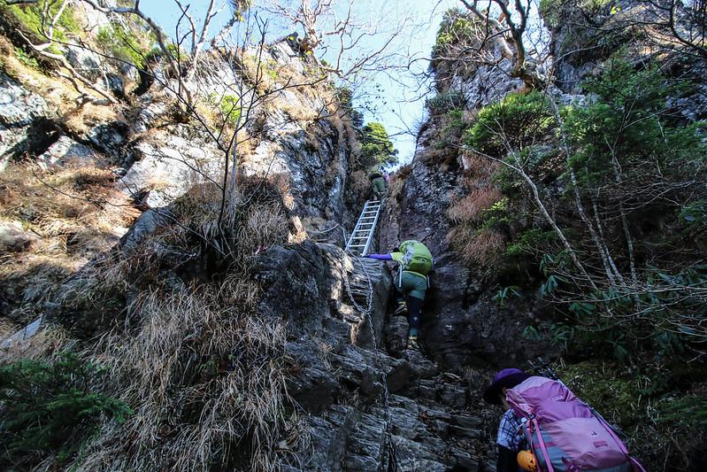 武尊山 梯子