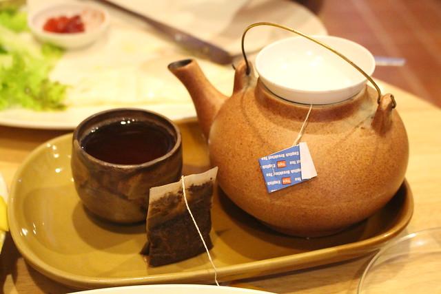 Heel veel kopjes thee
