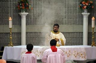 El P. Julio Navarro presidió la misa