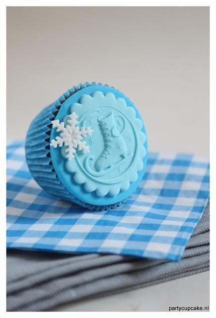 Cupcake with ice skate