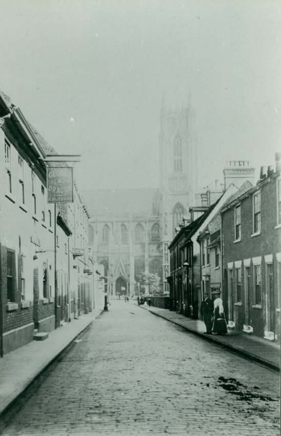 Highgate looking towards Beverley Minster. c.1880 (archive ref PH-5-1)