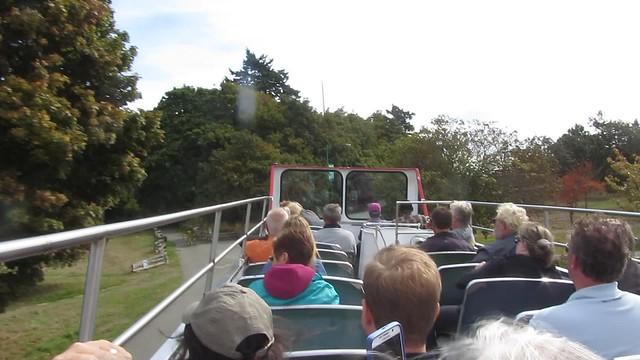 MVI_6348 Victoria BC sightseeing tour double decker bus