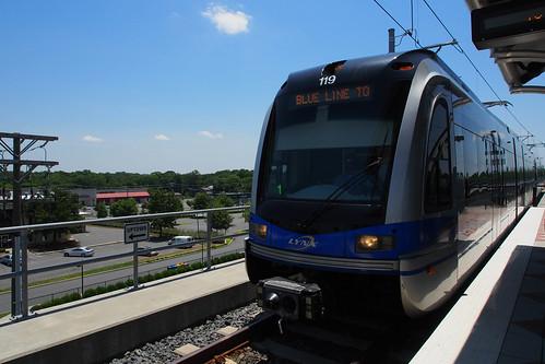 usa station train nc charlotte unitedstatesofamerica northcarolina trainstation northamerica lightrail mecklenburgcounty olympusdigitalcamera lynxblueline tyvolastation