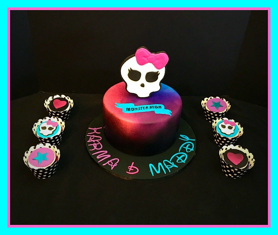 Stupendous Monster High Cake By Amy Northern Utah Birthdaycakes Flickr Funny Birthday Cards Online Overcheapnameinfo