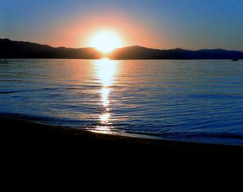 california blue sunset orange mountain lake water laketahoe southlaketahoe waterpictorial joelach